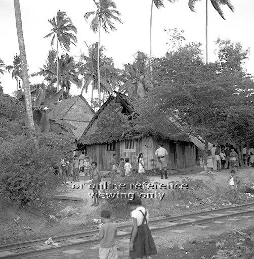 An image of the attap huts at Redhill in 1963 where a fire broke out. Photo: National Archives of Singapore