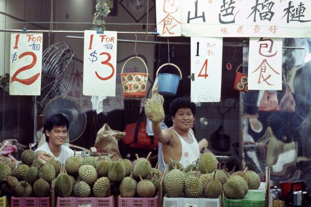 Durian shop in the 1980s. Photo credit: National Archives of Singapore