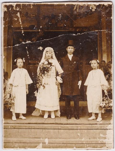 Wedding Portrait of Madam Yap Swee Eng and Mr. Tan Soon Loh. Photo: Chia Bee Lian